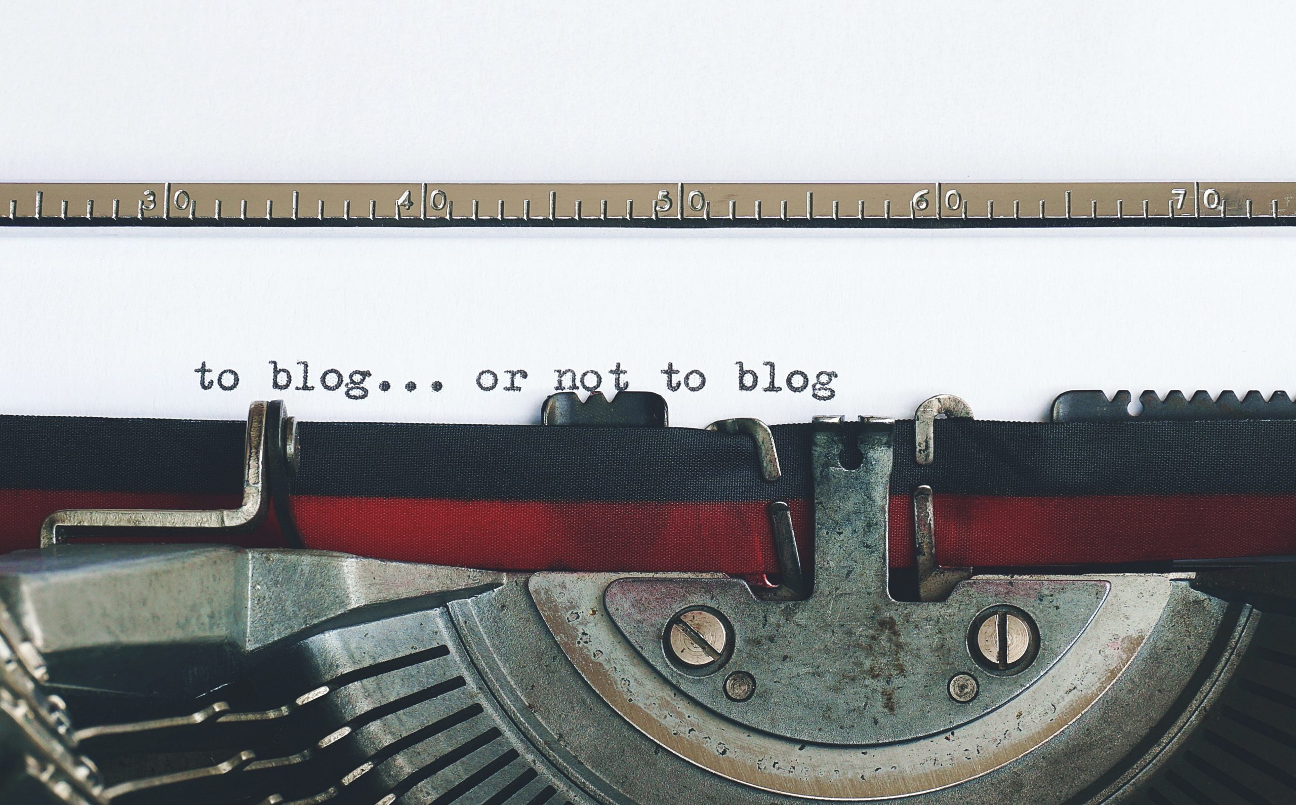 Blogging & Content Marketing Differences, Explained